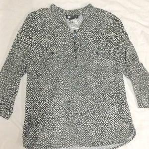 NWT Black & White Blouse.. Carole Little. Size L